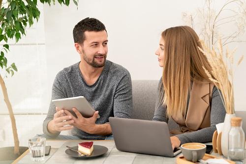 Les avantages de la thérapie de couple en ligne